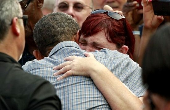 Stephanie-Miller-Ohio-hugs obama